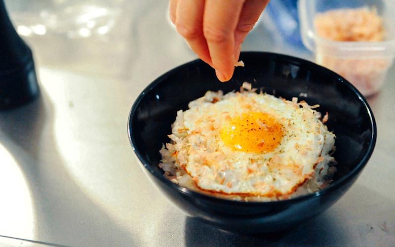 目玉焼き丼レシピ