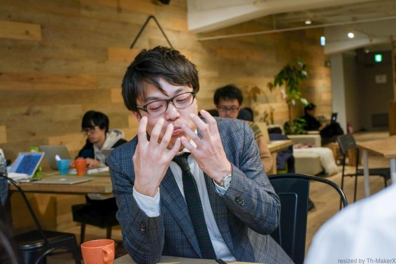 ブロッコリーの味を表現する石澤好則さん