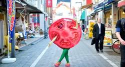 高円寺の非公認ゆるキャラ・トマト人間