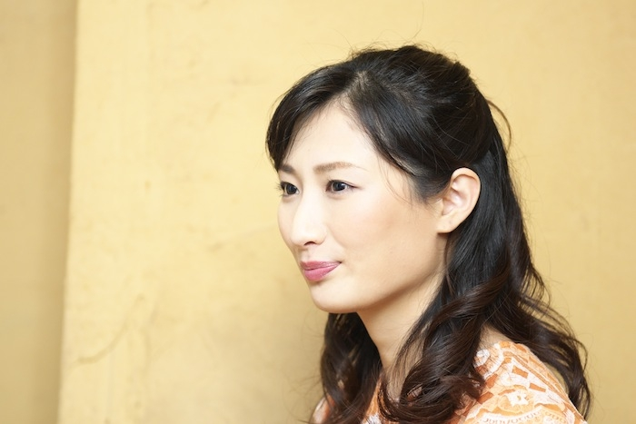 武田梨奈の横顔画像