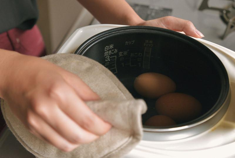 20分間保温すれば、ゆで卵ができあがり。