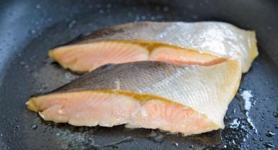 フライパンで作った焼き鮭