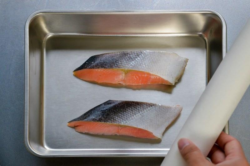 鮭とクッキングシート