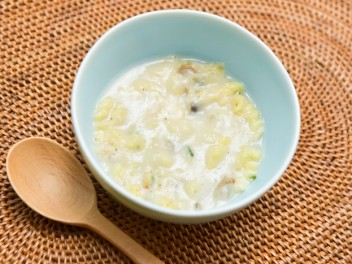 三ツ星キッチン 3種のチーズのクリームパスタ