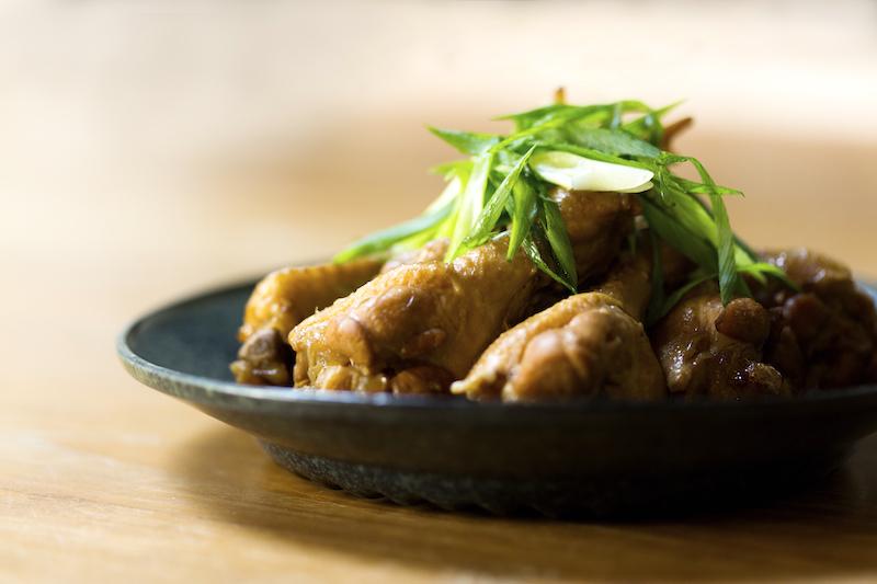 鶏手羽元の黒酢煮