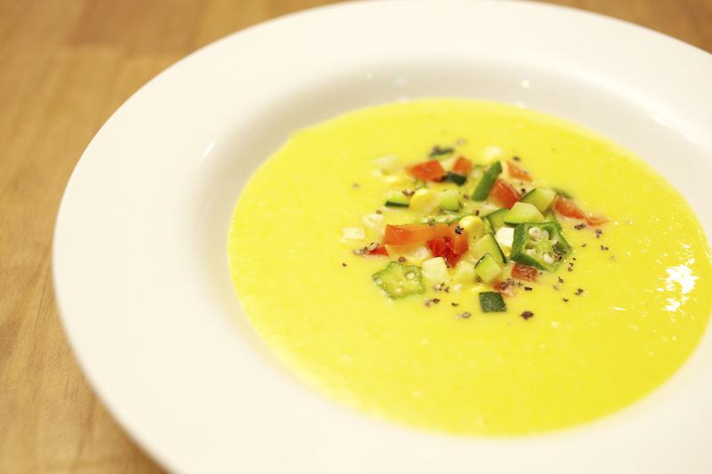 とうもろこしの冷製スープ
