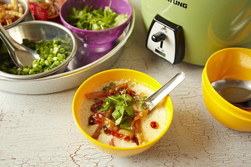 甘酸っぱさがクセになる!台湾の定番スープ「塩豆漿(シェンドウジャン)」