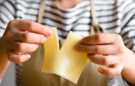 スナップえんどうのチーズパン粉焼き