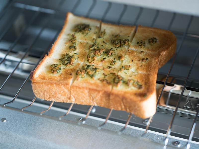 トースターで約3分、表面にこんがりと焼き目をつけたらできあがり!