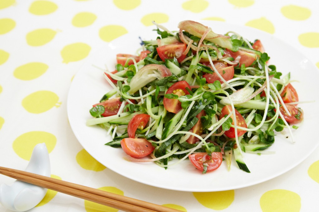 みょうがの夏野菜サラダ