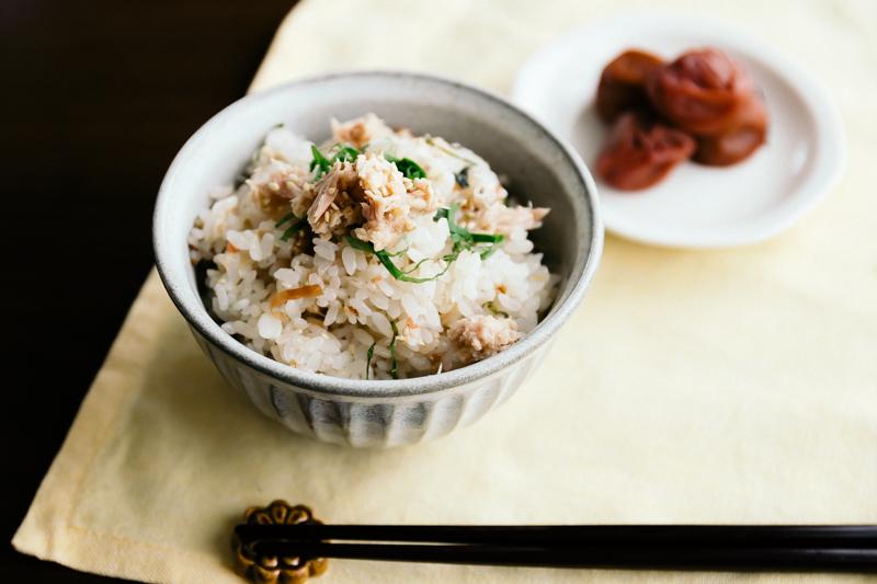 梅ツナ缶の炊き込みご飯
