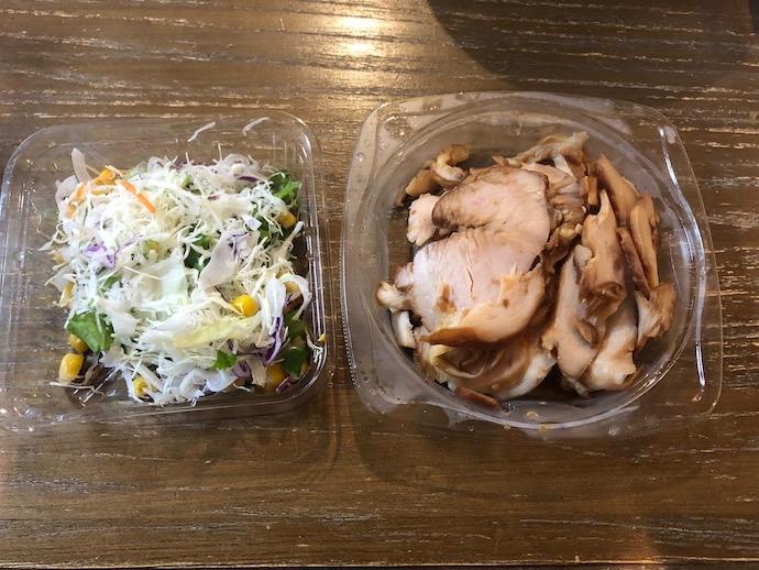 サラダと焼き豚