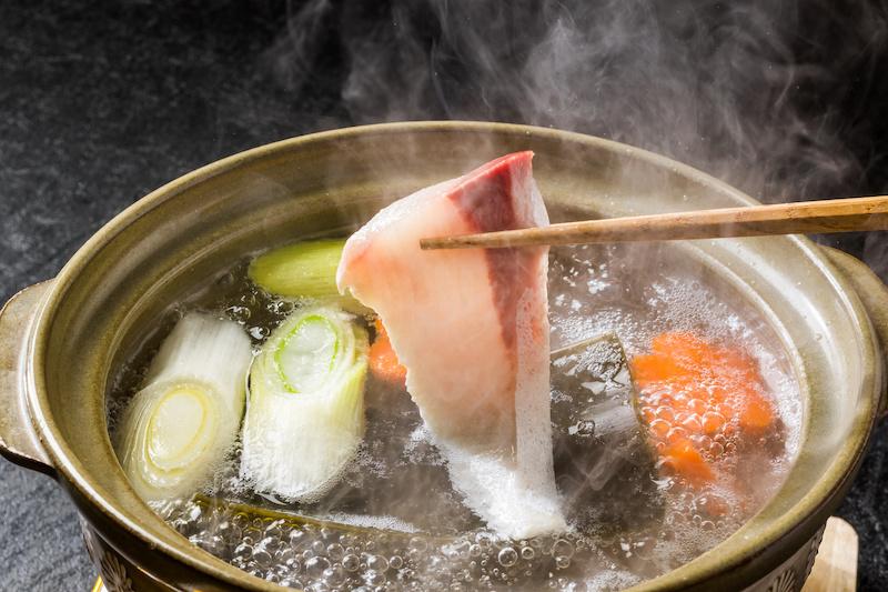 ぶりしゃぶ Shabu-shabu Japanese food of yellowtail