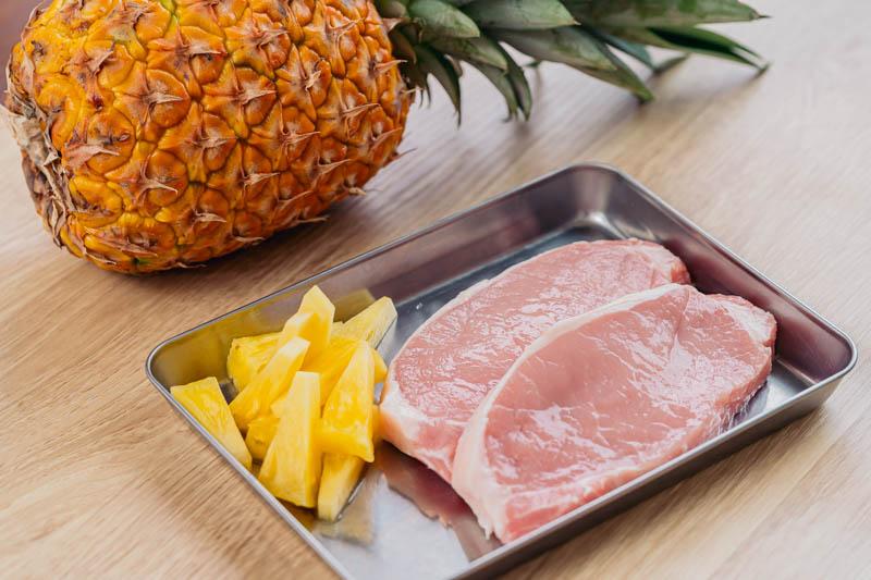 パイナップルと豚肉